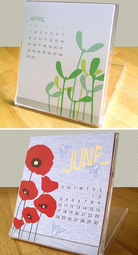 Love this idea! Desk calendar in a jewel case!