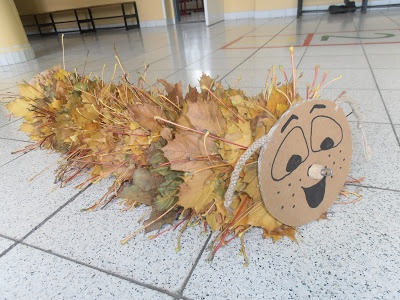 DIY Autumn Kids Craft; Levy The Fluffy Puffy Caterpillar, is going to put on his Jacket from Fall Leaves, because The Cold and Windy Days are Coming......Go hunt for Fall Leaves, and Help Levy through the Cold Time!