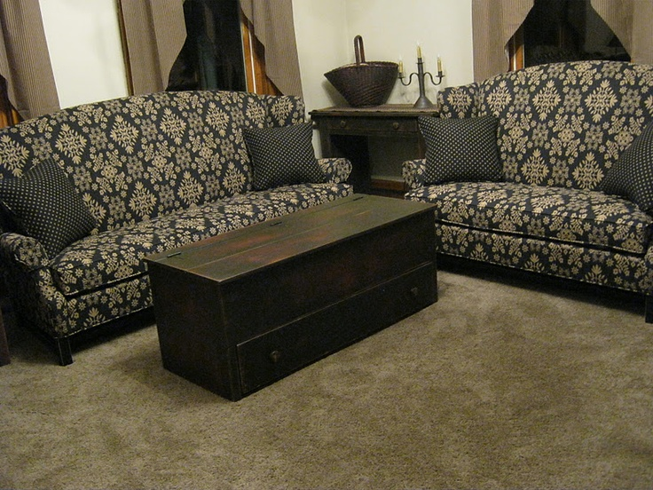 1000 Images About Colonial And Primitive Living Room Furniture On Pinterest