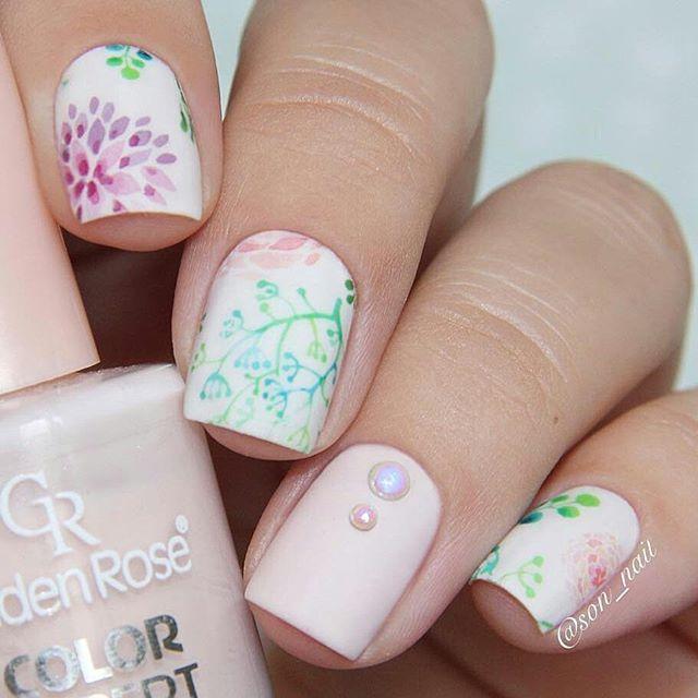 334 best Nail Art: Floral Nails images on Pinterest | Art floral ...
