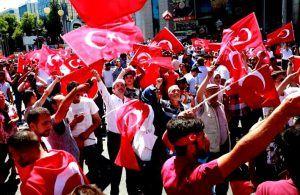 Dituduh Terlibat Kudeta Pemerintah Turki Tahan 42 Jurnalis