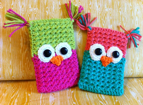 My friend makes these phone holders. So. Freaking. Cute.