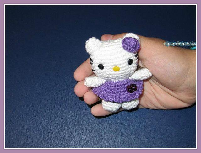 Little Hello Kitty Amigurumi by Ana Artedetei free crochet pattern on Ravelry at http://www.ravelry.com/patterns/library/little-hello-kitty-amigurumi