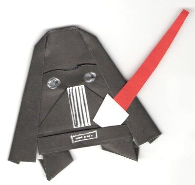Oh.my.goodness. There are some CUTE Star Wars origami progects on this site!!