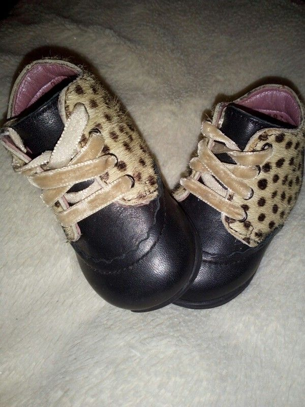 Chaussures bébé Aster T.17 en cuir et poils de poulain b508d9ee8c1