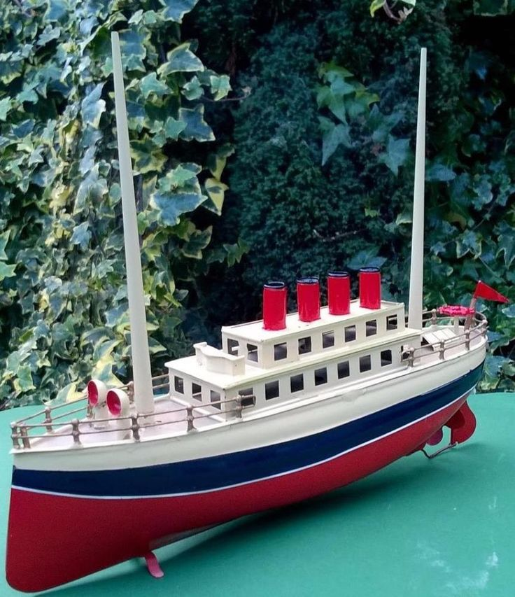 VIDEO 30cm Carette Germany clockwork boat c1900s - clockwork works bing