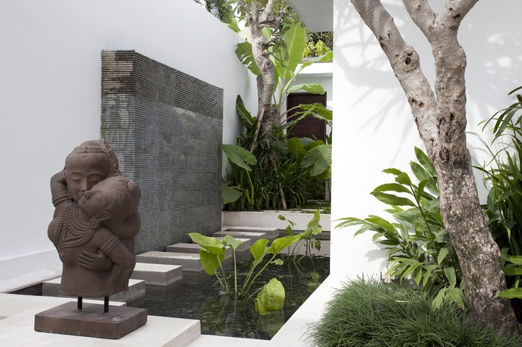 Entrance to 3 bedroom villa at Canggu Terrace.