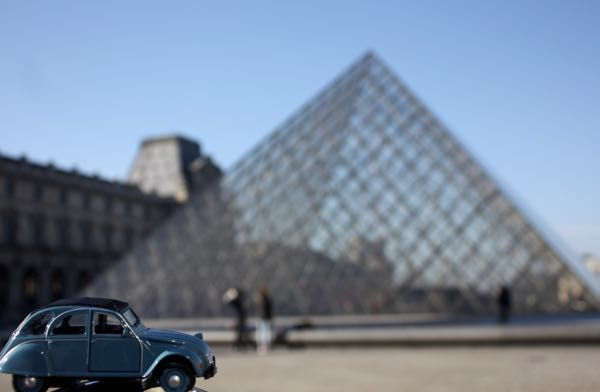 "2CV Week # 5 PARIS PHOTO CHALLENGE: Think you know Paris? Each week I will be posting a picture of my Citroen 2CV car in front of a famous Parisian monument or location. Follow the challenge using the hashtag #JansFrance2CV on Twitter or Instagram or check out my website and make your guess. At the end of each week I will post the answer on my website under ""Paris"""