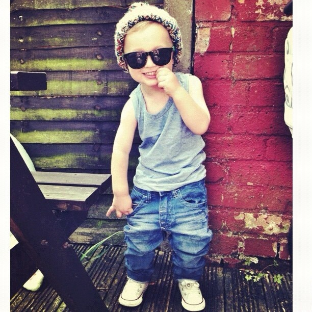 love kids with beanies