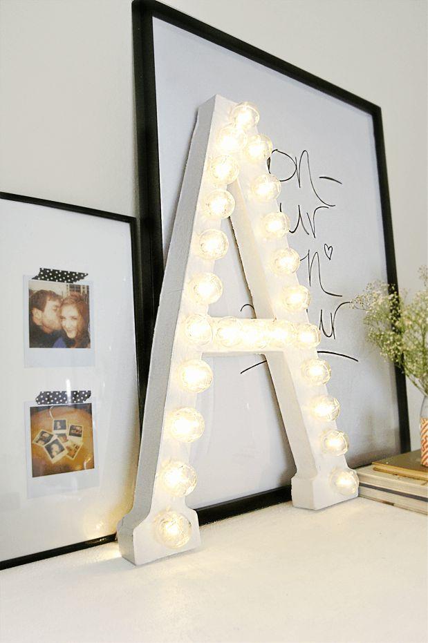 DIY   De grandes lettres lumineuses...en carton !