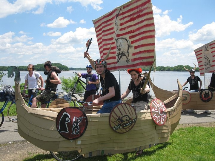 how to make a viking ship cardboard - Google Search | DIY crafts in