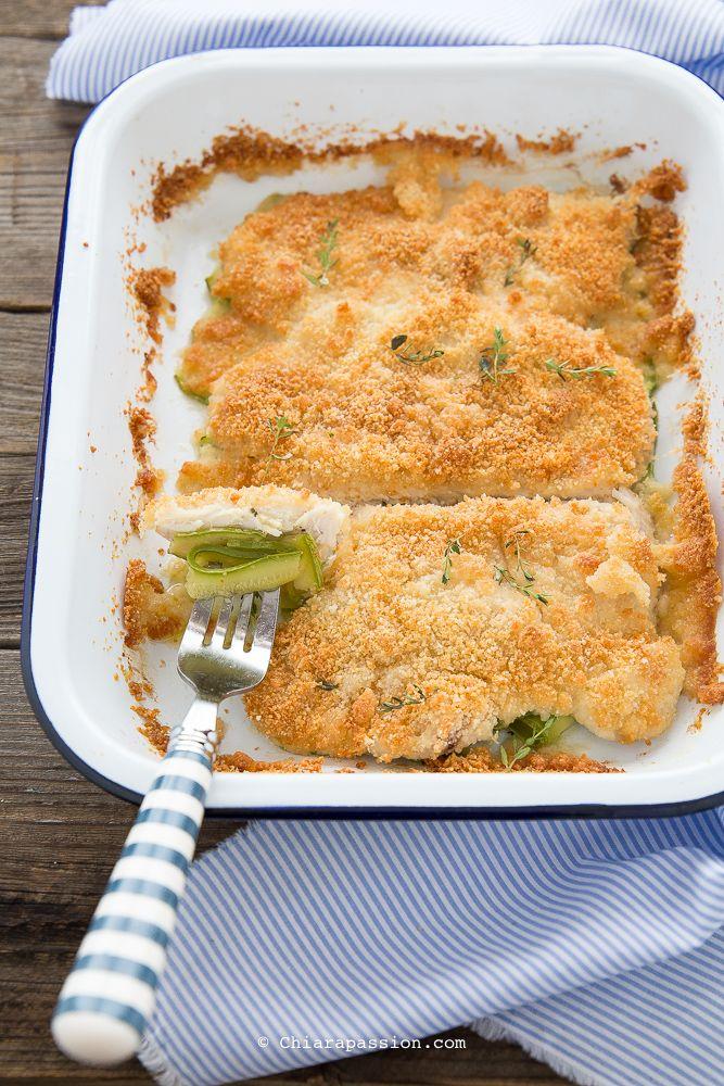 Petto di pollo con crumble e zucchine