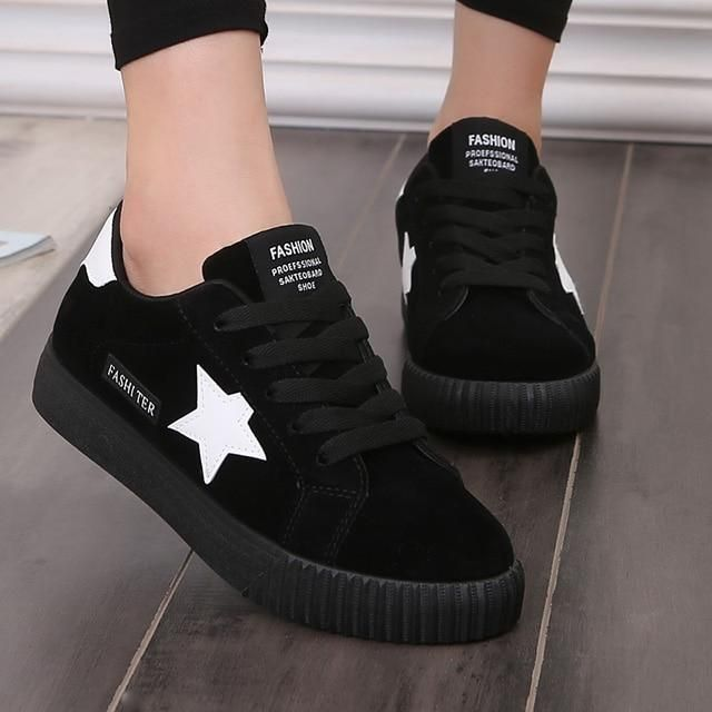 LAKESHI Fashion Star Women Shoes Women Casual Shoes Lace Up Women Flat Shoes Pink 2018 New Women Sneakers Round Toe Female Shoes