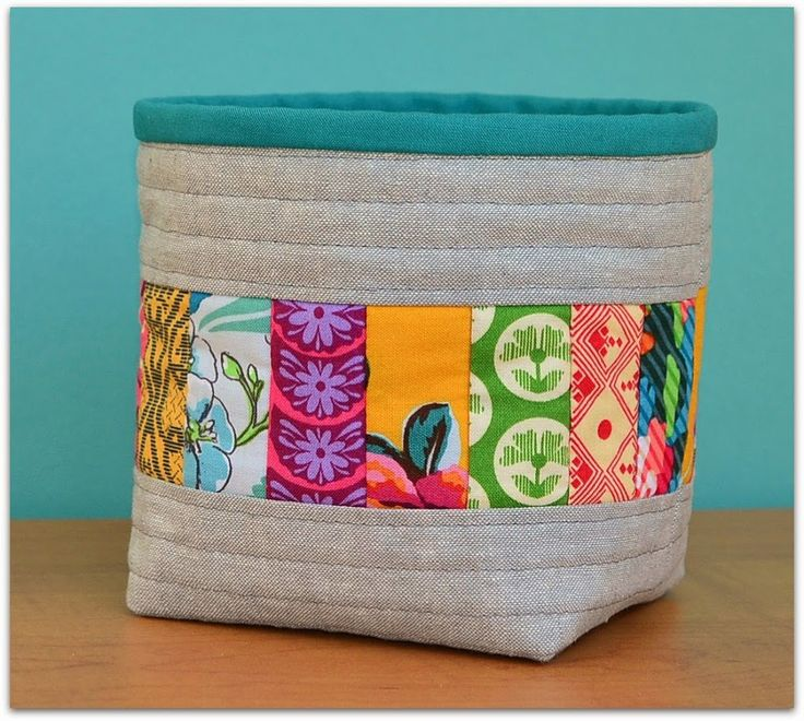 "Free pattern @ The Sewing Chick -- Quilt-as-you-go Thread Catcher -   4.5"" x 5"" finished size"