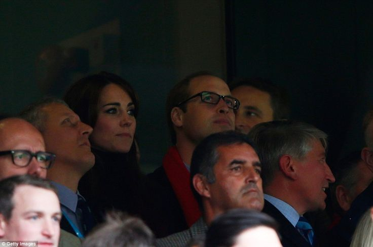 Royals & Fashion: Match de rugby Australie / Pays de Galles, Londres