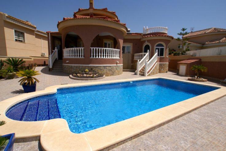 RicaMar Homes Real Estate Costa Blanca | 4 bedroom 2 bathroom villa with private pool in Ciudad Quesada