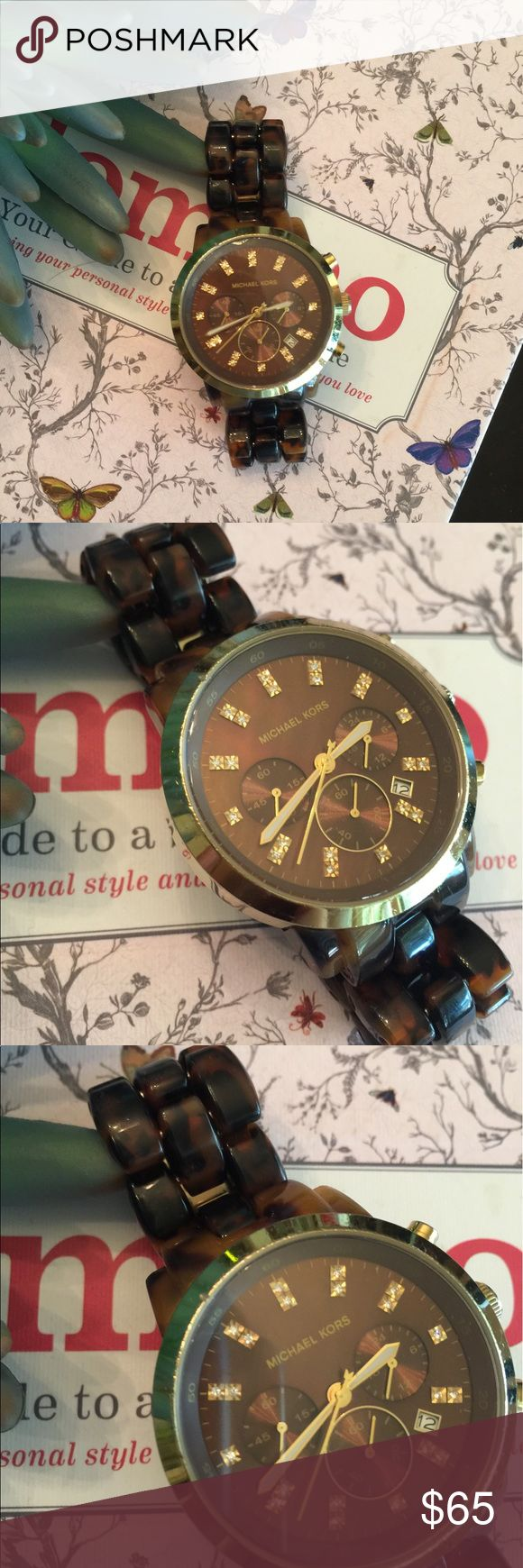 MK tortoise watch Gorgeous tortoise band with gold details. Some scratches along the band, and around the face of the watch, one visible nick above he 55 minute marker (please see photos). Needs a new battery. Band can be shortened if necessary. Over good condition, perfect year round piece. No trades please. Michael Kors Accessories Watches