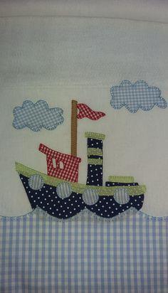 Fraldas personalizadas, aplicação em patchwork com tecido 100% algodão, Seu bebê merece a maciez dessas fraldas. O kit contém uma fralda grande e uma pequena. O frete e dias de entrega fica a cargo dos correios.
