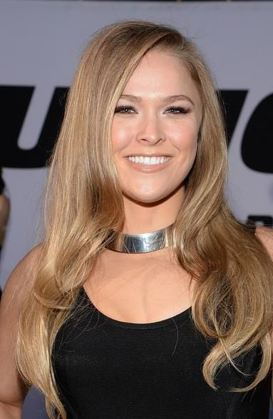 Ronda Rousey Long Wavy Hairstyle for Summer