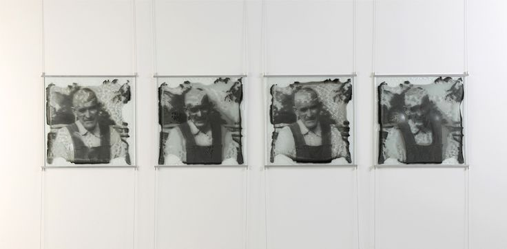 """Different strokes for different folks (2013) // Impression sur verre thermoformé, 50 cm x 50 cm chacun / Print on thermoformed glass, 19"""" x 19"""" each /// $1,050"""