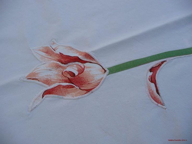 decoro floreale su centrotavola