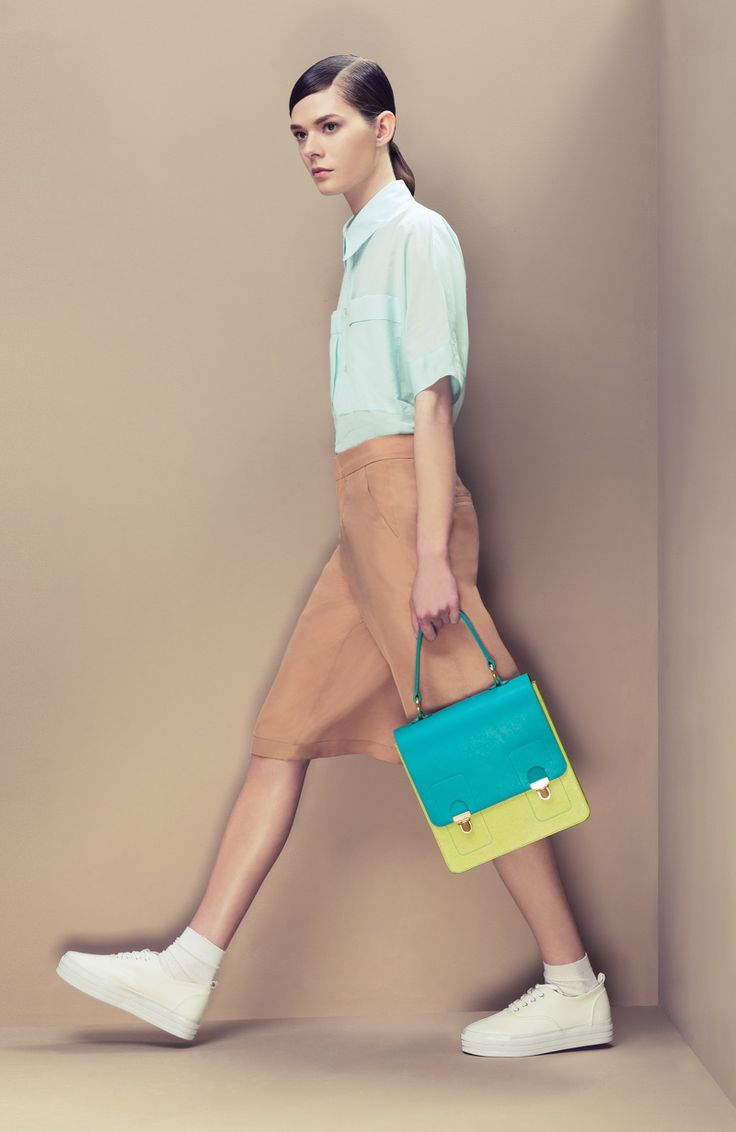 #jurekka, genuine leather satchel with golden look details, aquatic - anise color blocking bag, Photo: Balint Trunko