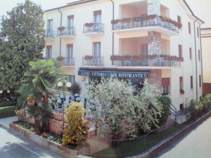 Hotel Vittoria – Bardolino for information: Gardalake.com
