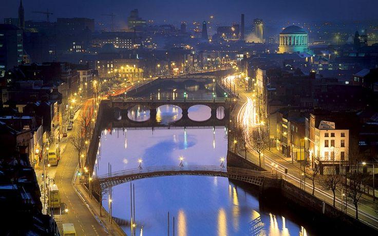 Dublin à noite - 21fotos daIrlanda que comprovam que esse país saiu deumconto defadas