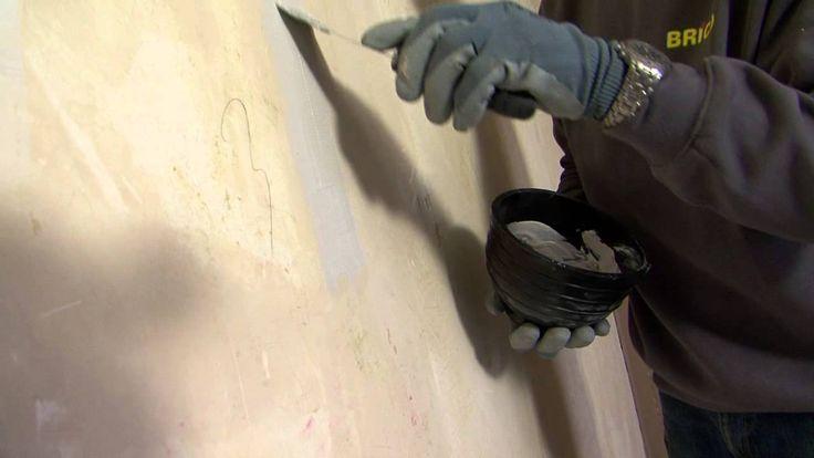 Een muur herstellen en verf- of behangklaar maken - stap voor stap uitge...