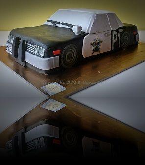 Blues mobile cake