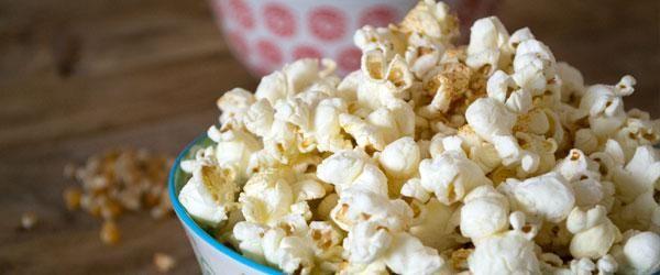 Eerlijke chili popcorn - Eerlijker Eten