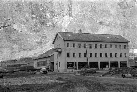 Meieribygget på Tangen, 1959
