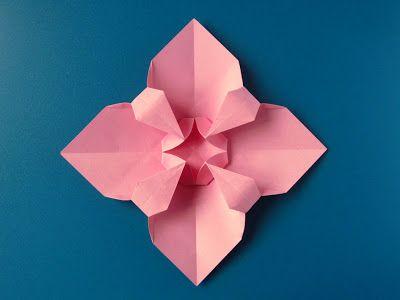 Origami: Fiore quadrato - Square Flower