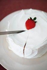 【手作りケーキ】クリスマスに!切ってびっくり「中につめつめ サプライズケーキ」 画像(3/7) ナイフを入れると……みんなびっくり!