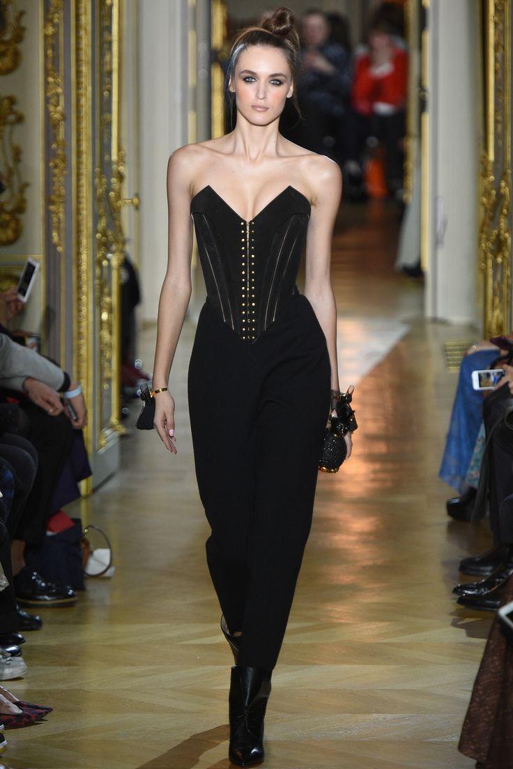 Ulyana Sergeenko SPRING 2016 COUTURE http://www.vogue.com/fashion-shows/spring-2016-couture/ulyana-sergeenko/slideshow/collection