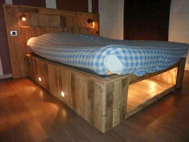 c 39 est bien cool idea pinterest lit rustique base de lit et tete de. Black Bedroom Furniture Sets. Home Design Ideas