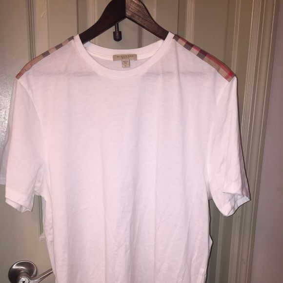 Men's Burberry T shirt Men's Burberry t shirt XL worn once in photo shoot original price $165 Burberry Tops Tees - Short Sleeve
