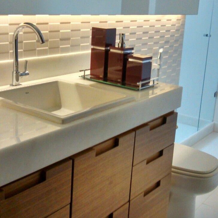 17 Best ideas about Armário Para Banheiro on Pinterest  Armário para lavande -> Armario De Banheiro Vazado