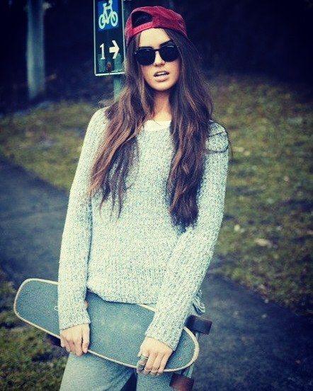 Instagram #skateboarding photo by @x_sport_russia - #skateboarding #skateboard #longboard #longboarding #penny #pennyboard #skate #sb #sk8 #sk8t #sk8er #extreme_sport #extreme #скейт #скейтбординг #лонгборд #лонгбординг #пенни #пенниборд #экстрим #x_sports_russia #girl #sexyleg #sexy #девушка #ножки. Support your local skate shop: SkateboardCity.co