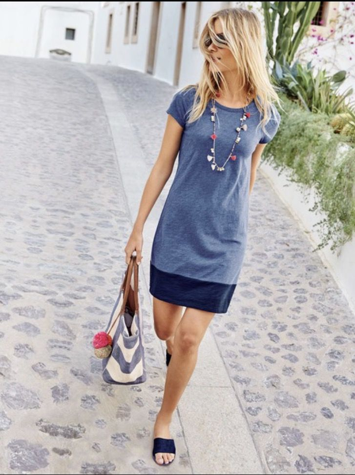 ~~~LOVE IT ALL! Beautiful blue t-shirt dress with Navy color block hemline.  Paired with an adorable Pom Pom necklace.  Ask your stylist for items like these in your April stitch fix box! Stitch fix spring #sponsored