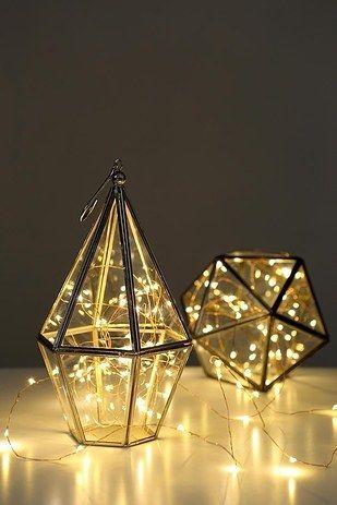 Une lampe effet lucioles :   32 choses que tout le monde aimerait avoir pour Noël
