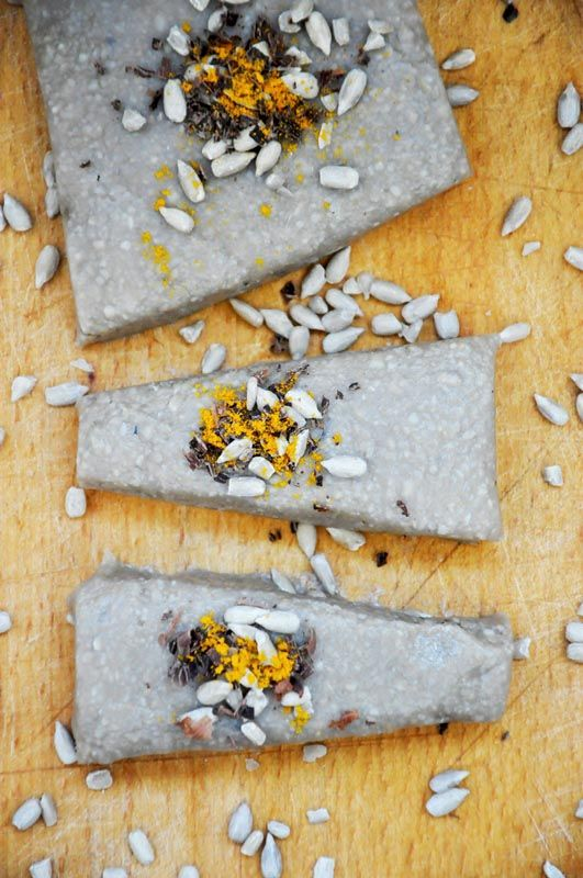 Basic raw vegan halvah (halva) recipe – world-known oriental dessert.