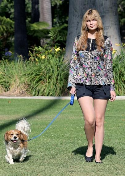 Mischa Barton with Cavalier King Charles