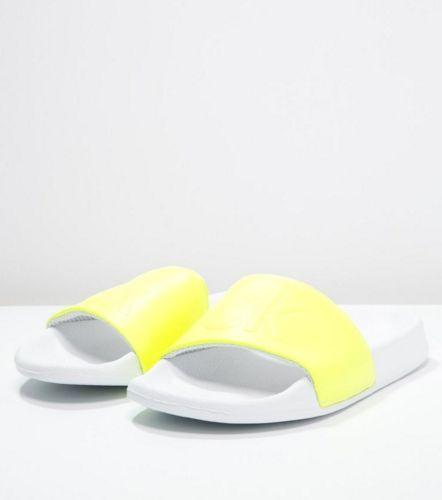 Calvin Klein Jeans Sandały kąpielowe yellow fluo