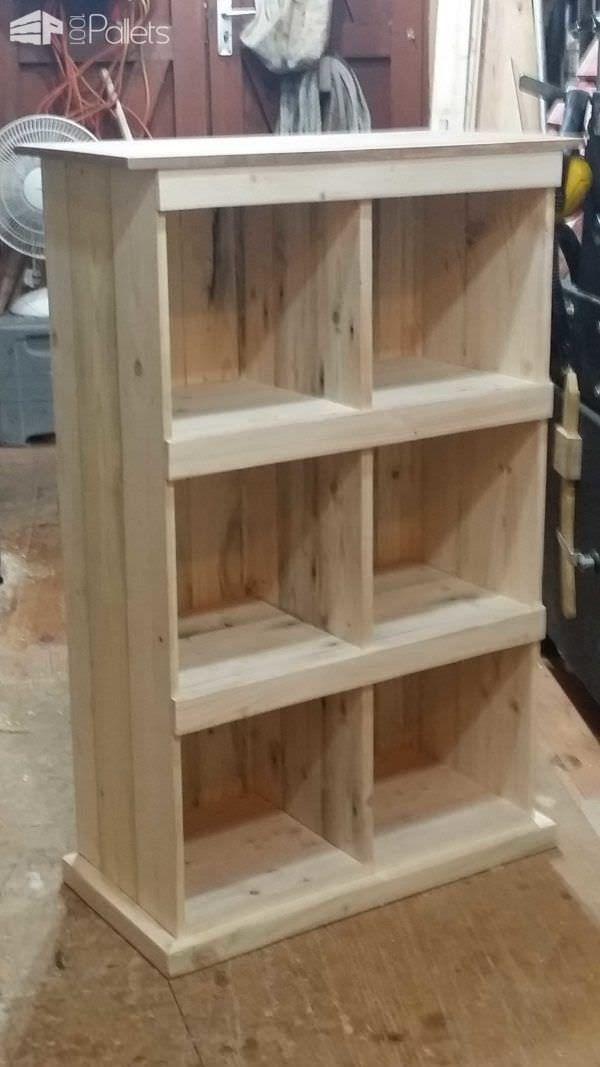 From That… to That… Pallet Bookcases & Pallet BookshelvesPallet Shelves & Pallet Coat Hangers