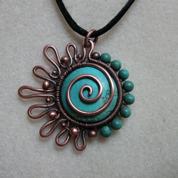 From JewelryLessons.com. This turquoise color both excites me and relaxes me. I'm not sure if I should get things accomplished or if I should just sit back and relax.
