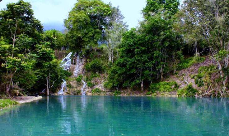 Air Terjun Kolam Biru Rerebe yang Memukau di Aceh - Aceh