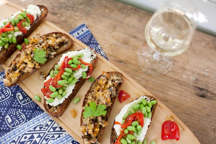 Bruchetta, South Africa, Two Oceans, edamame beans, food styling