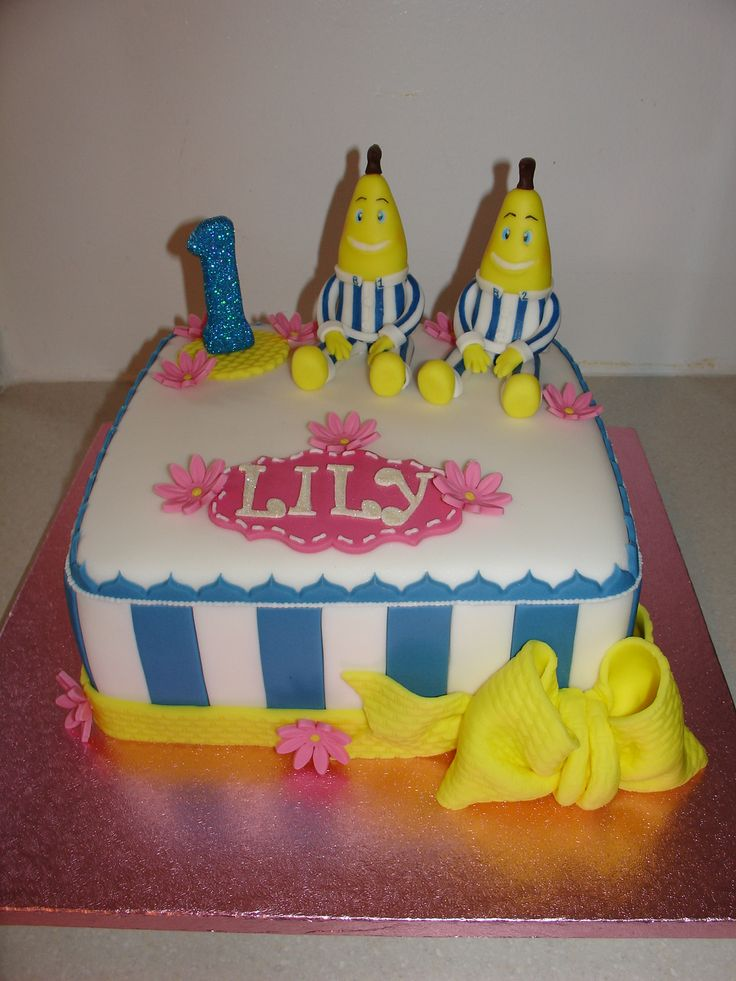 Bananas in Pyjamas Cake!! xMCx