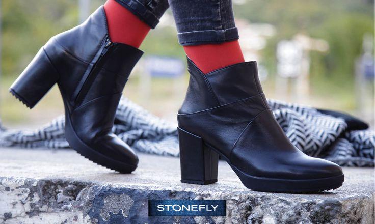 Per rendere sbarazzino un #tronchetto in pelle nera basta un tocco di colore: ecco come abbiamo abbinato noi l'ankle boot Oxy6, della collezione #Stonefly #SecondSkin, morbido e avvolgente come una seconda pelle! Scoprilo qui > http://www.stonefly.it/it/2/collezione/donna/694/oxy-6.html